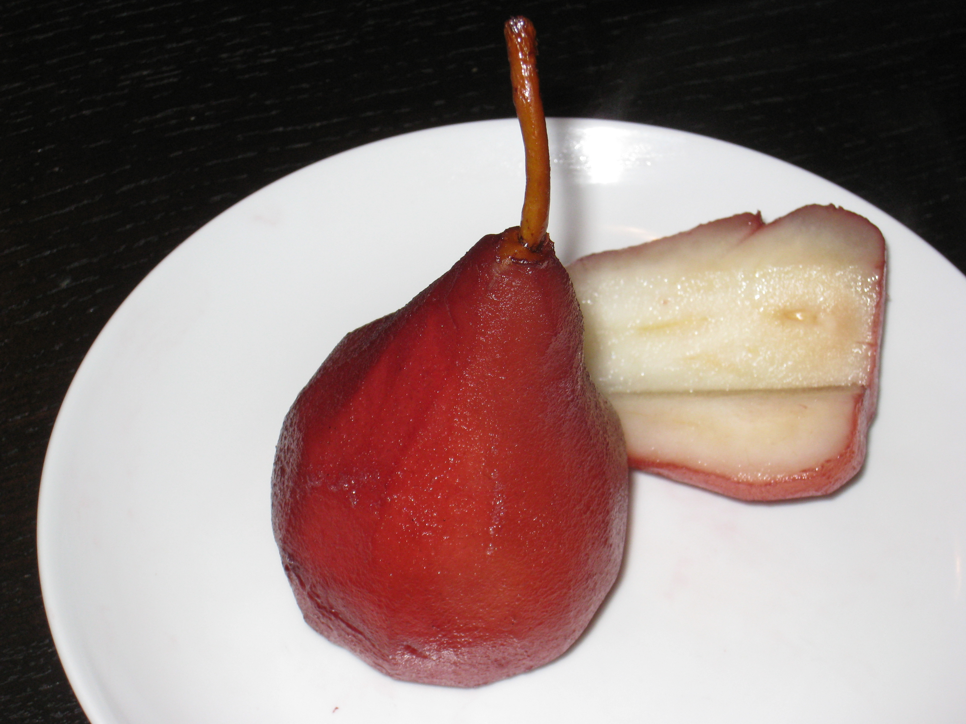 Recipe strawberries and pears poached in port nermo blog for Poached strawberries